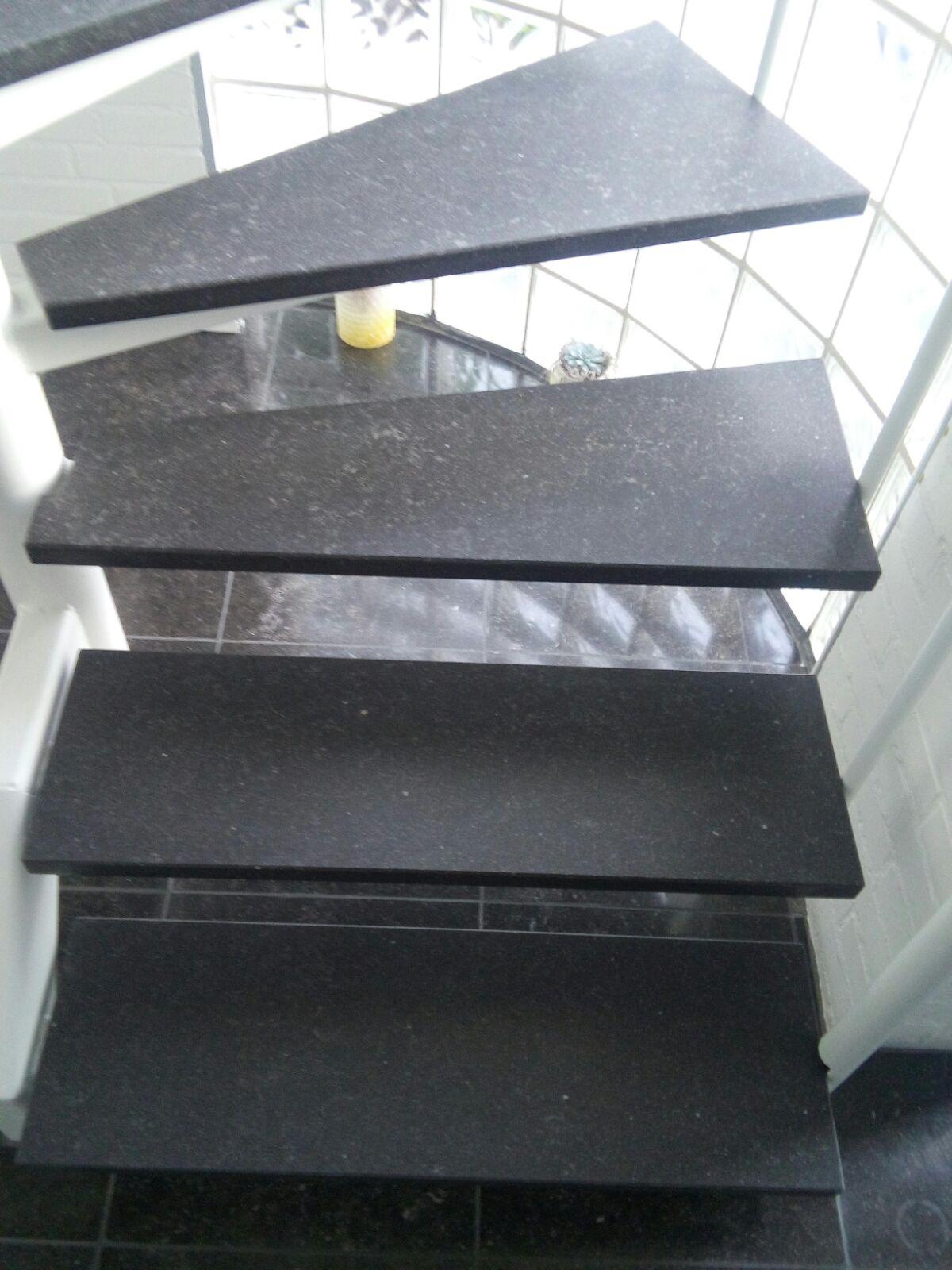 vogten stairs treppenrenovierung 2 offene treppe. Black Bedroom Furniture Sets. Home Design Ideas